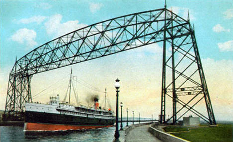 Steamer Huronic entering Duluth Superior Harbor, 1920