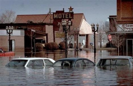 Abandoned cars submerged in downtown East Grand Forks, Minn., April 25, 1997