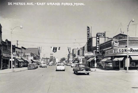De Meres Avenue, East Grand Forks Minnesota, 1958