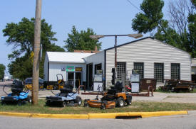 Dan's Service Center, Ellsworth Minnesota