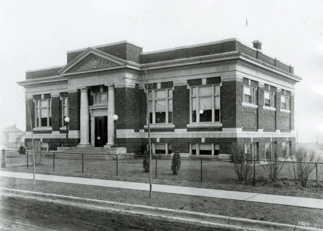 Eveleth Public Library, Eveleth Minnesota, 1915