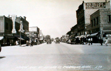 North Avenue at Second Street, Fairmont Minnesota, 1940's