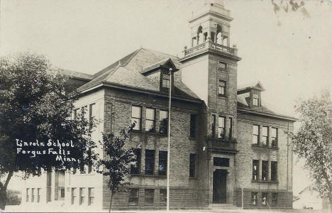 Lincoln School, Fergus Falls Minnesota, 1910
