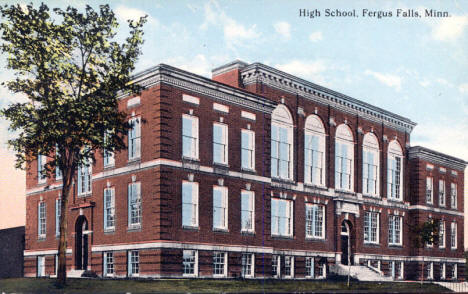 High School, Fergus Falls Minnesota, 1914