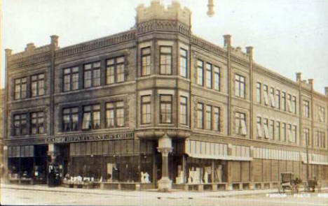 Leader Department Store and Manhattan Building, Fergus Falls Minnesota, 1910