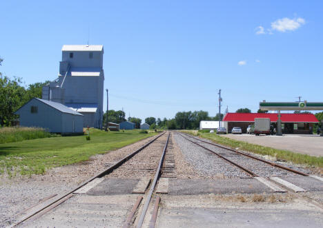 Railroad tracks, Franklin Minnesota, 2011