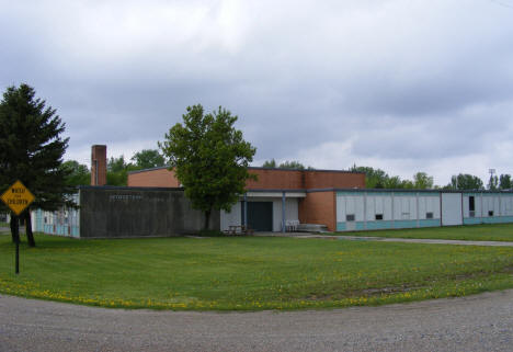 Former Georgetown Elementary School, now closed, 2008