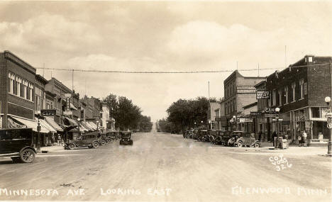 Minnesota Avenue looking east, Glenwood Minnesota, 1920's