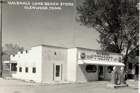 Kaldahl's Long Beach Store, Glenwood Minnesota, 1940's
