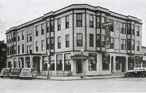 Hotel Pokegama, Grand Rapids Minnesota, 1945