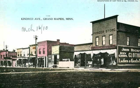 Kindred Avenue, Grand Rapids Minnesota, 1910