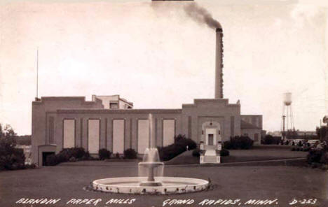 Blandin Paper Mill, Grand Rapids Minnesota, 1940's?