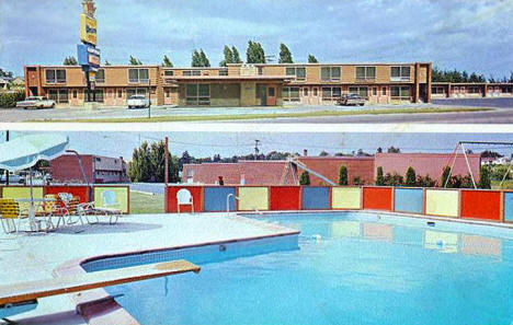 Holiday Village Motel, Grand Rapids Minnesota, 1968
