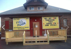 Full Moon Bar and Restaurant, Harris Minnesota