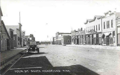 Main Street South, Hendricks Minnesota, 1910's