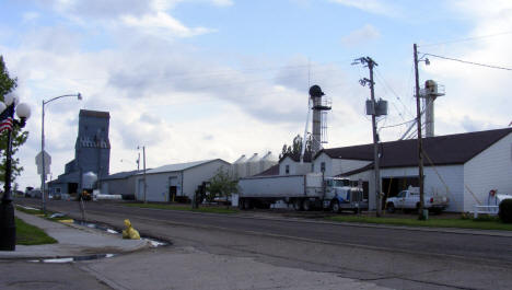 Street view and elevator, Hendrum Minnesota, 2008