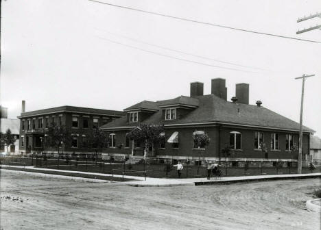 Oliver Iron Mining Company offices, Hibbing Minnesota, 1915