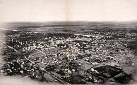 Panoramic view of Hutchinson Minnesota, 1901