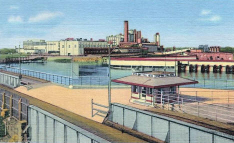 International Bridge and Paper Mill, International Falls Minnesota, 1946