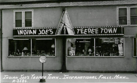 Indian Joe's Teepee Town, International Falls Minnesota, 1950