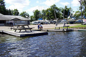 Mac's Twin Bay Resort, Isle Minnesota