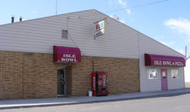 Isle Bowl & Pizza, Isle Minnesota