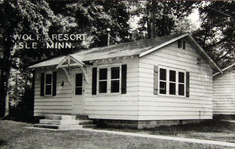 Wolf Resort, Isle Minnesota, 1940's?