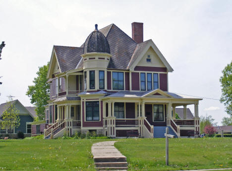 MT Gunderson House, Kenyon Minnesota, 2010