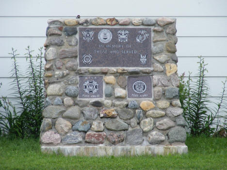 Monument honoring veterans, Littlefork VFW Post, 2007