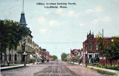 Sibley Avenue looking north, Litchfield Minnesota, 1914