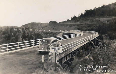 Finch's Resort and bridge over Manitou River, Little Marais Minnesota, 1940's