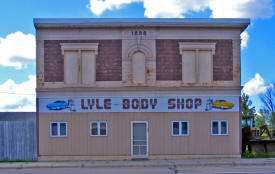 Lyle Body Shop, Lyle Minnesota