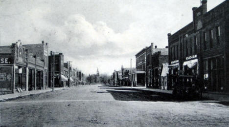 Sixth Avenue, Madison Minnesota, 1911
