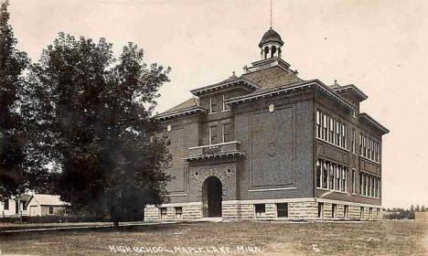 High School, Maple Lake Minnesota, 1917