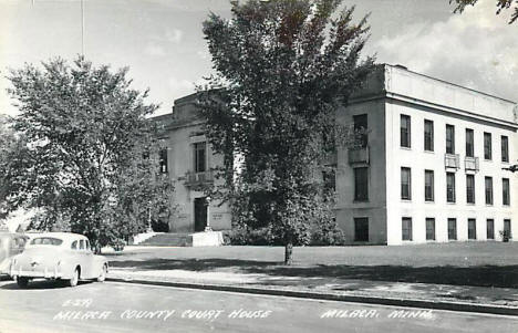 Mille Lacs County Courthouse in Milaca Minnesota, 1945