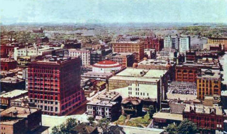 Birds eye view of Downtown Minneapolis from City Hall Tower, 1909
