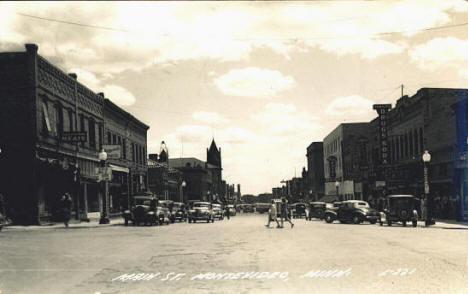 Main Street, Montevideo Minnesota, 1946