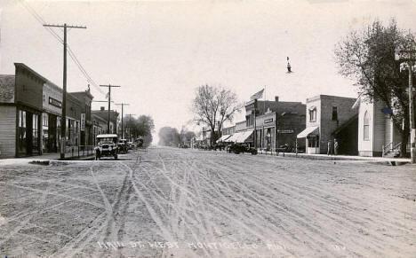 Main Street west, Monticello Minnesota, 1910's