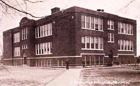 Consolidated school, Motley Minnesota, 1919