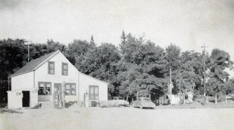 Nygard's on Strawberry Lake, Ogema Minnesota, 1950's