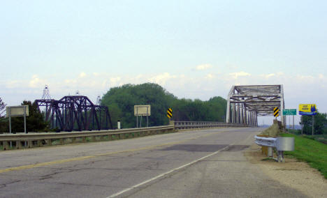 Highway and railroad bridges over the Red River, Oslo Minnesota, 2008