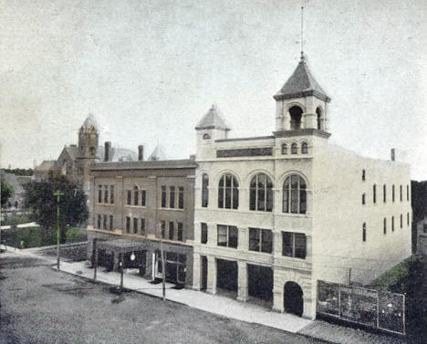 Court House, Metropolitan Opera House and City Hall, Owatonna Minnesota 1908