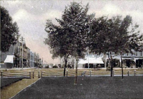 Bridge Street, Owatonna Minnesota, 1910