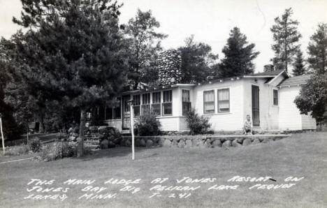Main Lodge at Jones Resort on Pelican Lake, Pequot Lakes Minnesota, 1940's