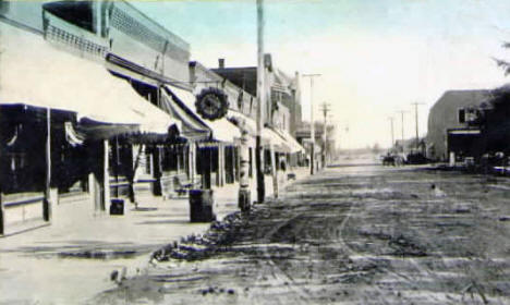 Main Street, Pine City Minnesota, 1913