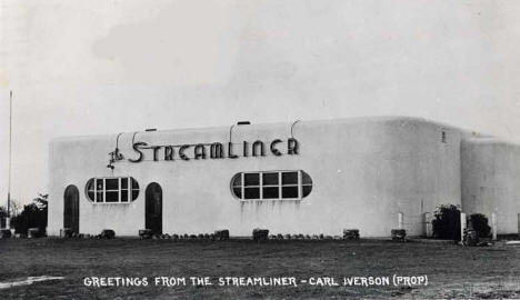 Streamliner Diner, Pine City Minnesota, 1944