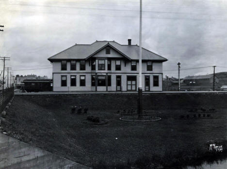 Duluth Missabe and Northern Railroad Depot, Proctor Minnesota, 1920?
