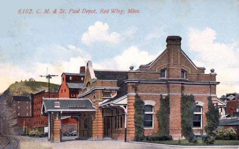 C. M. & St. Paul Depot, Red Wing Minnesota, 1913