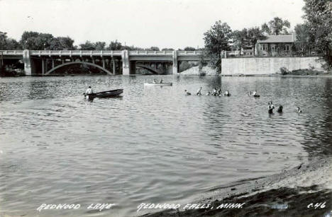 Redwood Lake, Redwood Falls Minnesota, 1946