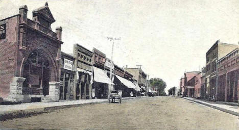 Looking east on Second Street, Redwood Falls Minnesota, 1907